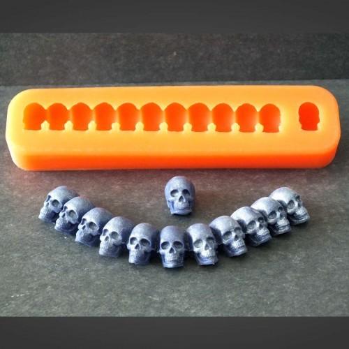Totenkopfkette